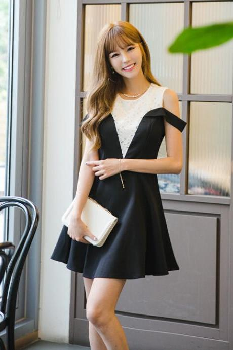 Black White Pleated Round Neck Sleeveless Shoulder Sexy Dress